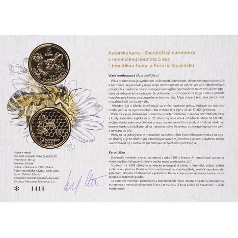 Autorska karta 5€ s motívom 5€ mince a fotkou včely medonosnej na pozadí