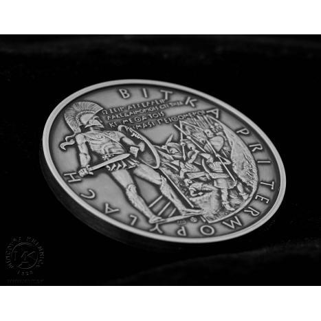 Strieborná minca 2 Dollars Bitka pri Termopylách z edície Bitky v dejinách sveta, averz vojaci